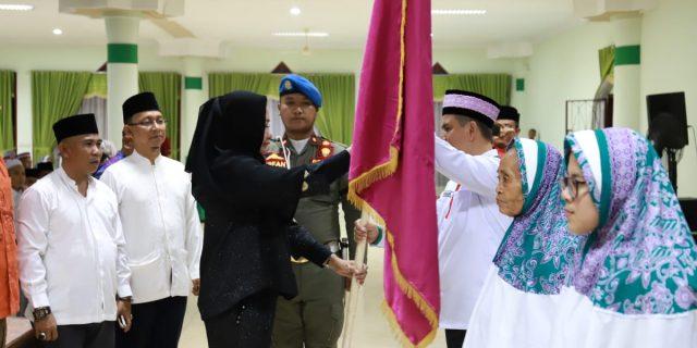 Bupati Hj Winarti Melepas 286 Jama'ah Haji Tahun 2019