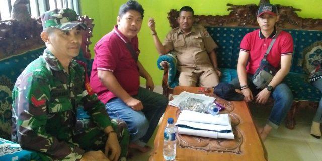 Koptu Asman Saipal Babinsa Koramil 426-01/Mesuji Anjangsana Dengan Perangkat Desa