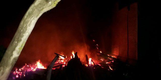 Polsek TubaTengah Indentifikasi Kebakaran Rumah