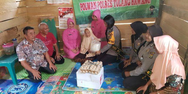 Peduli Sesama, Polwan Polres Bersama PC Bhayangkari