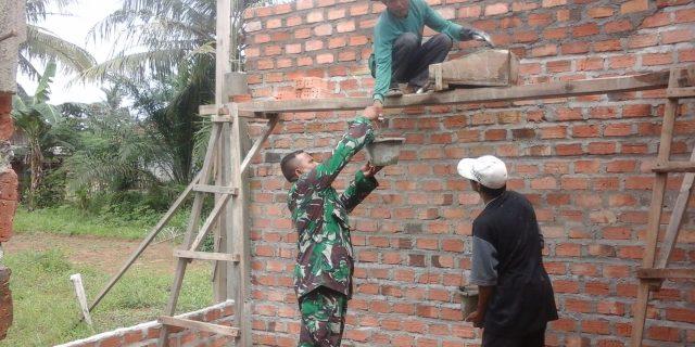 Sertu Sumarno, Bantu Warga Binaan Bangun Rumah