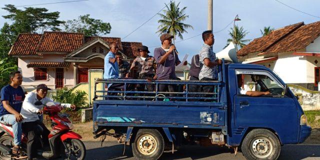 Tiyuh Balam Jaya Lakukan Sosialisasi dan Penyemprotan Desinfektan untuk Cegah Corona