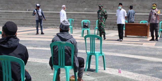 Dandim 0426 Pantau Langsung Kepulangan Santri Ponpes Al Fatah