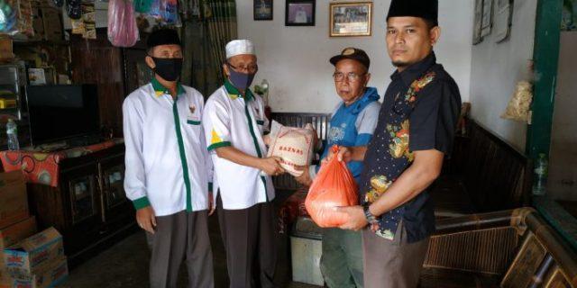 Bupati Tuba Instruksikan Ketua Baznas Salurkan Bantuan ke Imam Masjid dan Guru Ngaji di Tuba
