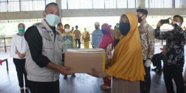 Umar Ahmad Bersama Wagub Chusnunia hadiri Operasi Pasar Bersubsidi di Sesat Agung Tubaba