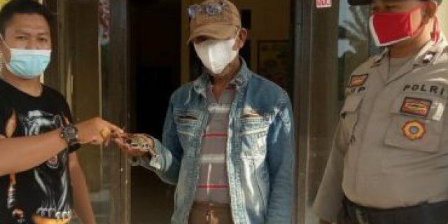 Warga Kampung Andalas Cermin Serahkan Senpi Ke Polsek Rawa Pitu, Ini Tanggapan Kapolsek