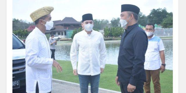 Bupati Umar Ahmad, S.P. Mengucapkan Selamat Datang Kepada Anindya N. Bakrie